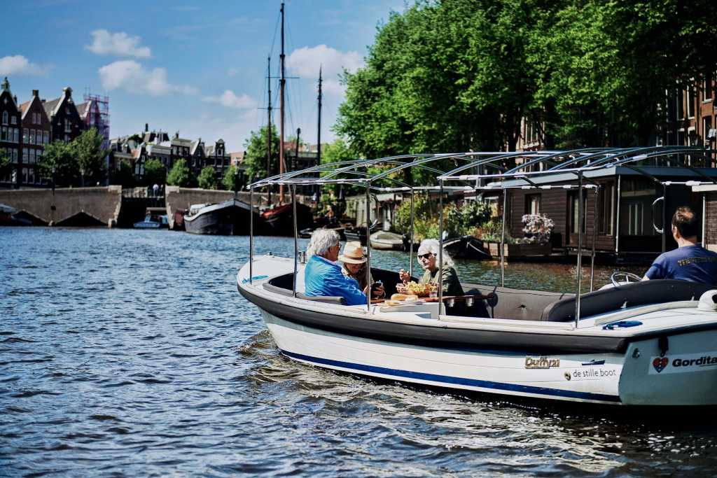 Private 1 hour canal tour