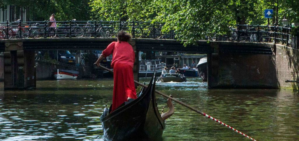 6 unusual canal tours